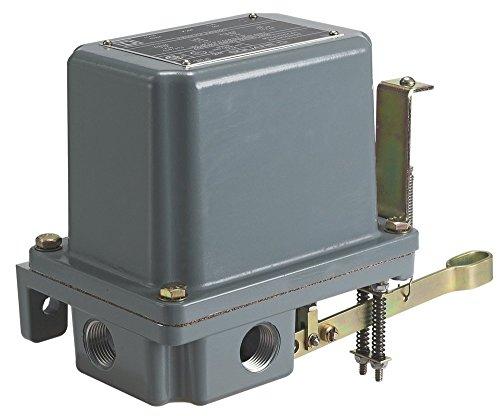 Square D 9038 Open Tank Mechanical Alternator NEMA 79 Contacts Close on Rise