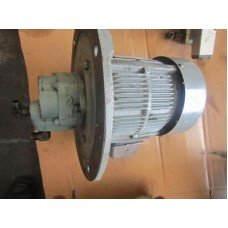 MACHINE DAIKIN VANE PUMP DS12P-11 ED215 3 PHASE INDUCTION MOTOR
